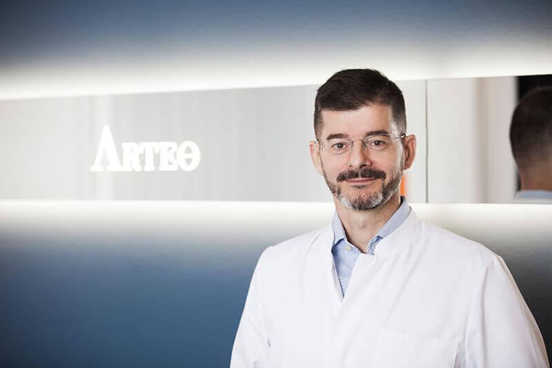 Schönheitschirurg Düsseldorf - Dr. Volker Alt