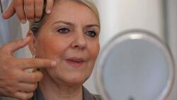 Schönheitschirurgie / kosmetische Chirurgie